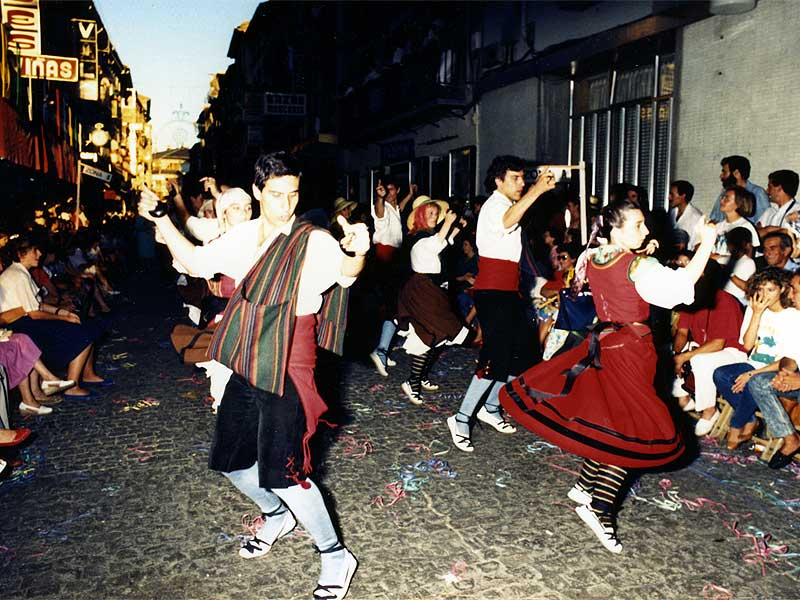 Fotos del Festival Folklórico de los Pirineos de Jaca. Año 2009