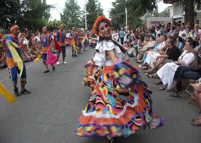 Año 2009 Desfile de Clausura. Festival Folklórico de los Pirineos de Jaca
