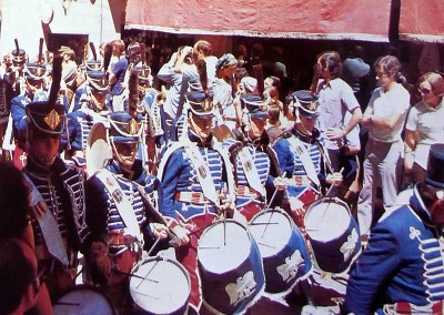 Año 1975 1º Regimiento de  Húsares de Francia. Festival Folklórico de los Pirineos de Jaca © Archivo Municipal
