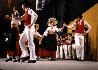 Año 1979 Alsacia (Francia). Festival Folklórico de los Pirineos de Jaca © Archivo Municipal