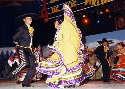 Año 2001 México. Festival Folklórico de los Pirineos de Jaca. Gabinete de Prensa