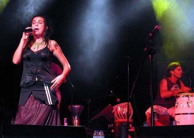 Año 2003 Lunas del mundo. Festival Folklórico de los Pirineos de Jaca