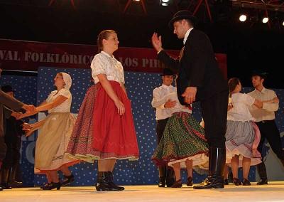 Año 2011 Hungría. Festival Folklórico de los Pirineos de Jaca