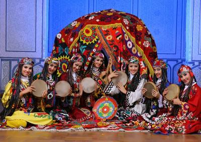 "Conjunto Folklórico Nacional ""Sabo"" Uzbekistan"