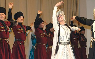 Los ritmos africanos de Senegal y las danzas acrobáticas de Kabardia-Balkaria se incorporan al Festival
