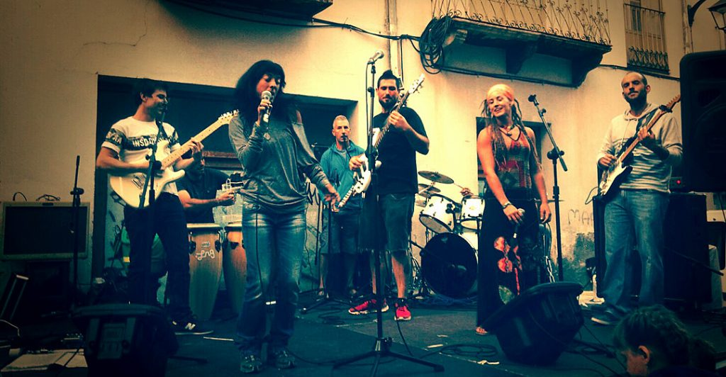 LUBIERRE REGGAE BAND, cuyo género musical se caracteriza por Reggae, Roots y Ska, con pinceladas de Folk africano