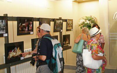 Una ruta de exposiciones para recorrer el folklore mundial de la mano del Festival