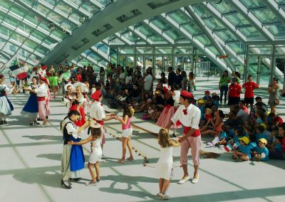 """A los niños nos gusta el Festival, """"NICE LA BELLE"""" de Francia"""