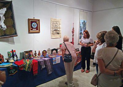 """Inauguración de la exposición """"Retrospectiva del Festival"""", con una muestra de los recuerdos recibidos a lo largo de su historia."""