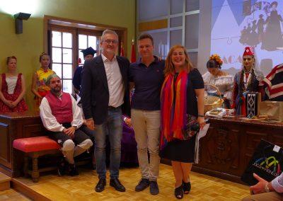 Entrega reconocimiento a Festivals du Sud, Jordi Fosas. FOTO: Miguel Ángel Muñoz