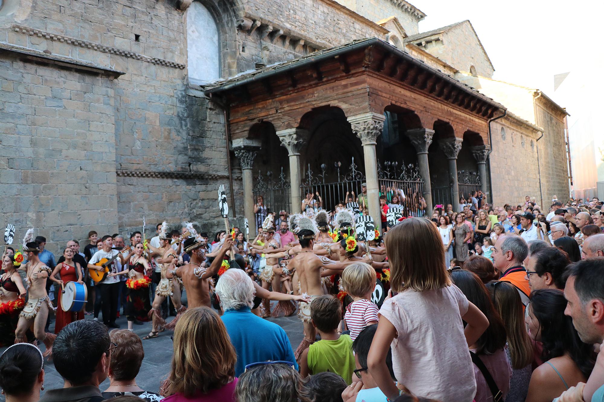 Festival Folklórico de los Pirineos 2019, una edición para la historia