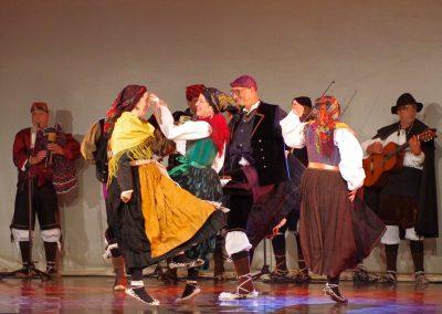 Corro de Bailes de San Juan de PlanFoto: M.A. Muñoz. Festival Folklórico de los Pirineos