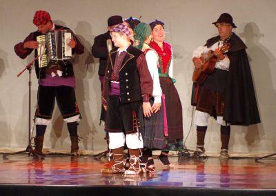 Corro de Bailes de San Juan de Plan Foto: M.A. Muñoz. Festival Folklórico de los Pirineos
